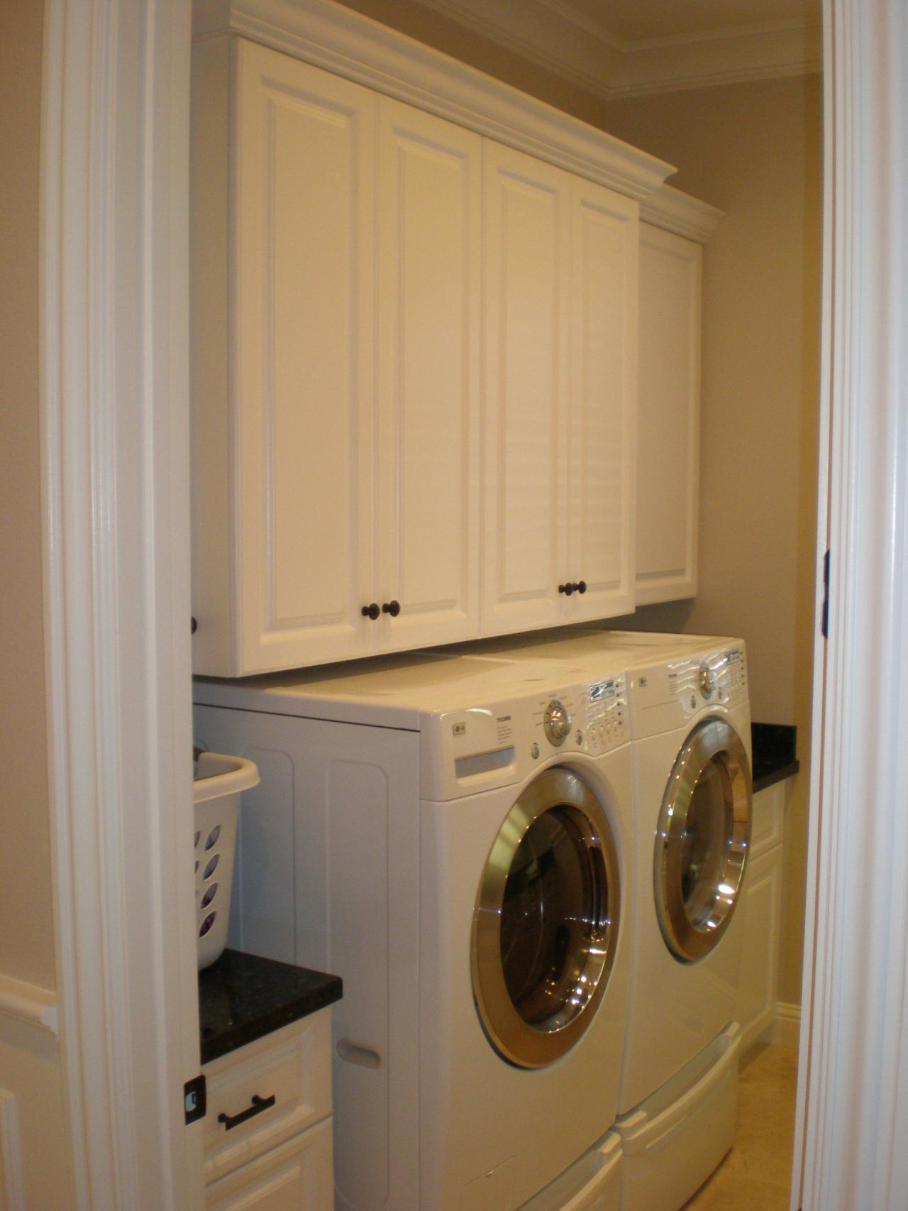 Reyome Designs Custom Cabinetry Laundry And Mud Rooms
